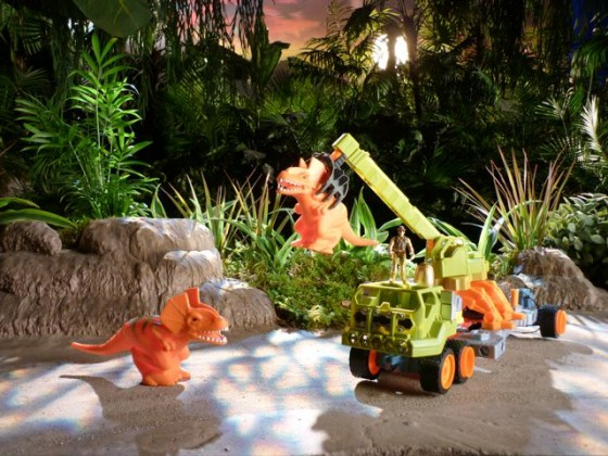 Greenscape-Design-TV-Commercial-Studio-Set-Tonka-Jungle-Forest-Close-Up-Toys-560x420