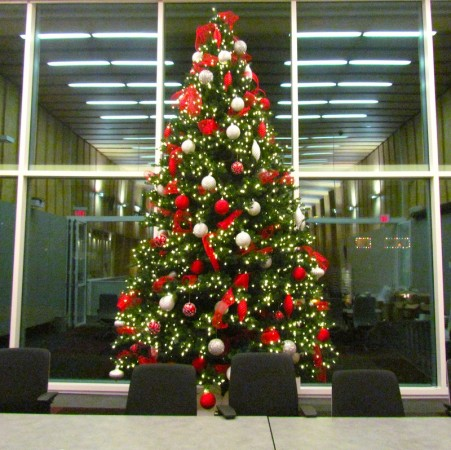 Artificial Christmas Tree Canada