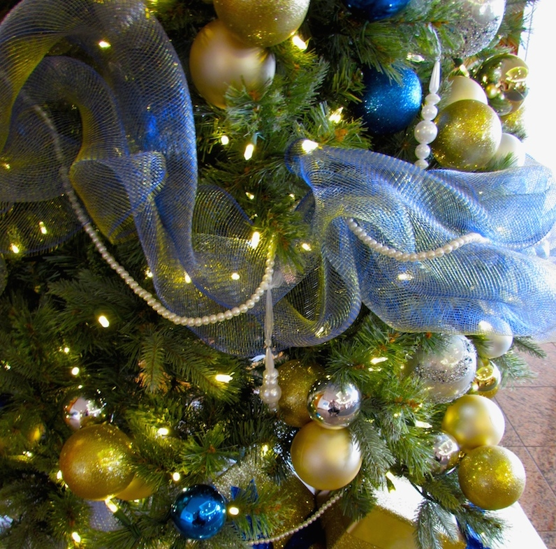 Greenscape Design Blue and Gold Holiday Decor Christmas Tree Rental copy