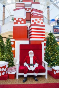 Greenscape Design Mall Santa Set Decor Design Vancouver