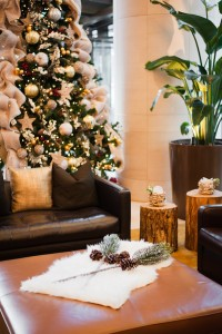 Greenscape Design Shangri-La Hotel Gilded West Coast Holiday Decor